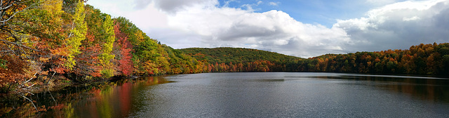 Lac bouleaux st bruno mid october 2015 20151017 123216 Pano