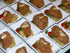 Wiener Schnitzelchen auf Kartoffelsalat