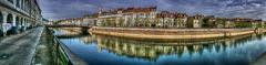 BESANCON: Panoramique du quai de Strasbourg.