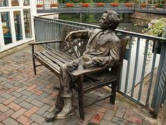 Skulptur des Mark Twain...