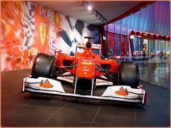 AbuDhabi Grand Prix : Una Ferrari degli anni ruggenti ! -