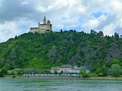 Die Marksburg am Rhein
