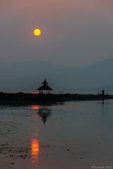 Sonnenuntergang auf dem Inle-See (© Buelipix)
