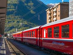 Bernina Bahn im Bahnhof von Tirano