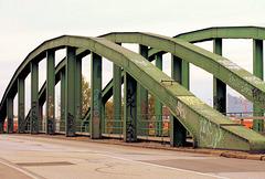 Hamburger Brücken 01/50: Veddelkanal-Brücke *)
