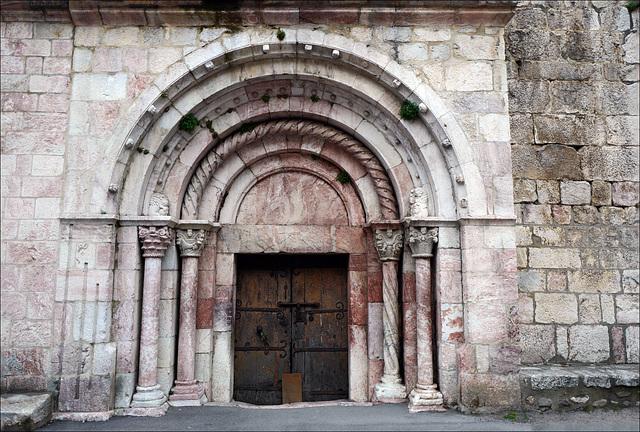 Villefranche de Conflent – Église Saint-Jacques, Portail
