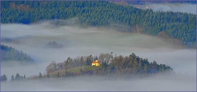 2016 émerge de la brume matinale [ON EXPLORE] (clic sur photo)