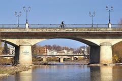 Sfilata di ponti sul torrente