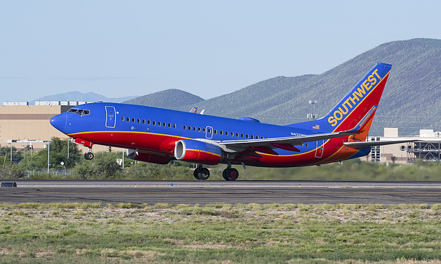 Southwest Airlines Boeing 737 N432WN