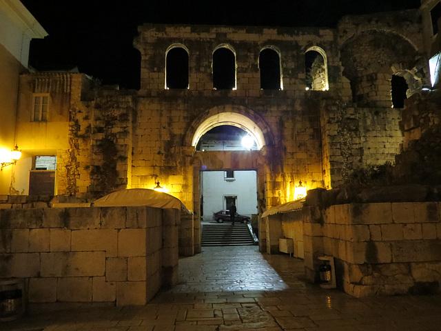 Split : la porte d'argent (est) vue de l'intérieur.