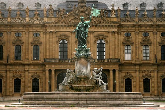 Residenz mit Frankoniabrunnen, Würzburg