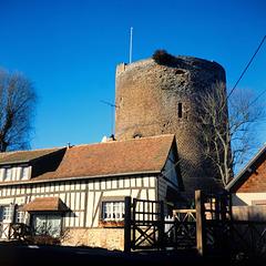 La Tour grise de Verneuil-sur-Avre