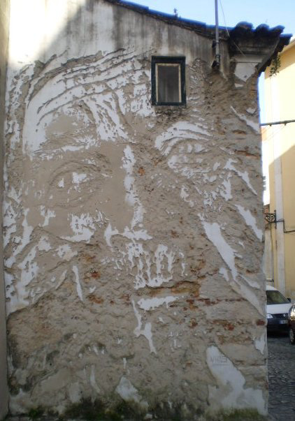 Vhils mural.