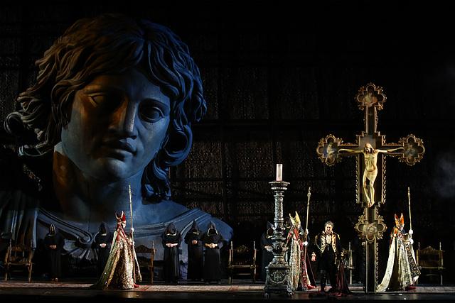 Sanctus Christus deus vult - Tosca in Verona