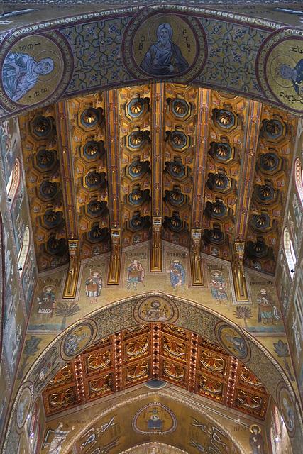 Exquisite ceiling