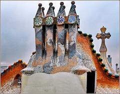 Barcellona : Sul tetto di  Casa Batlló