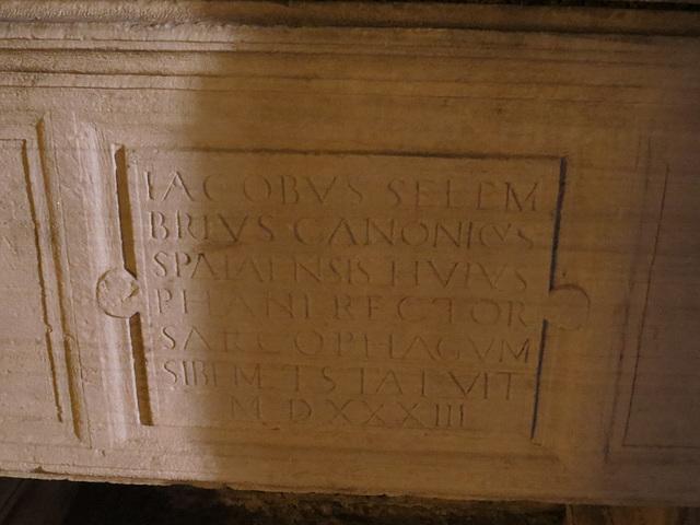 Split : inscription du sarcophage.