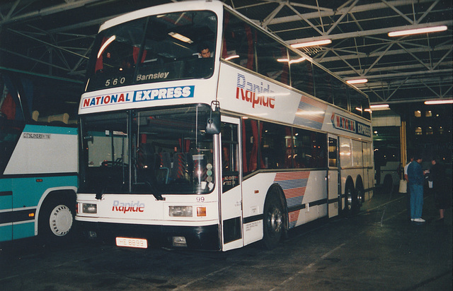 Yorkshire Traction HE 8899 (E99 AAK)  in Victoria Coach Station, London - 24 Sep 1991