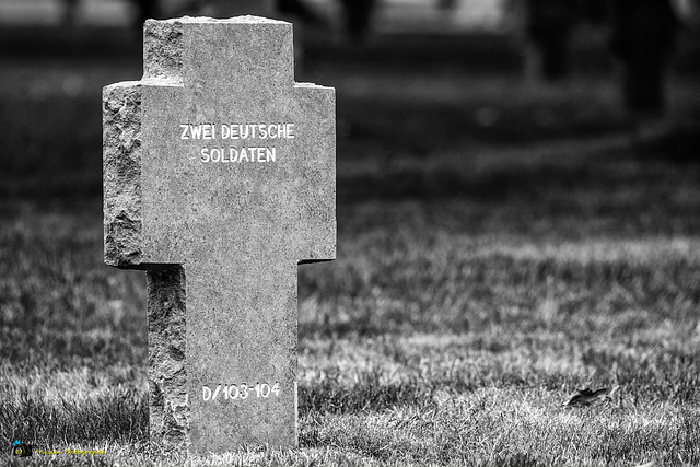 Two German (unknown) soldiers