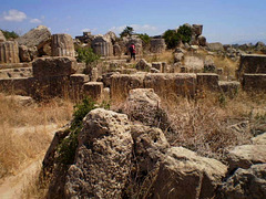 Ruins of acropolis' walls.