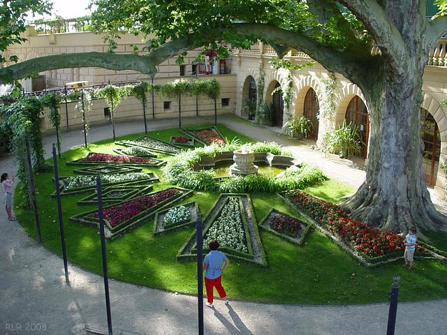 Schwerin, im Burggarten
