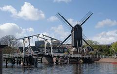 Rembrandt Bridge und Molen De Put