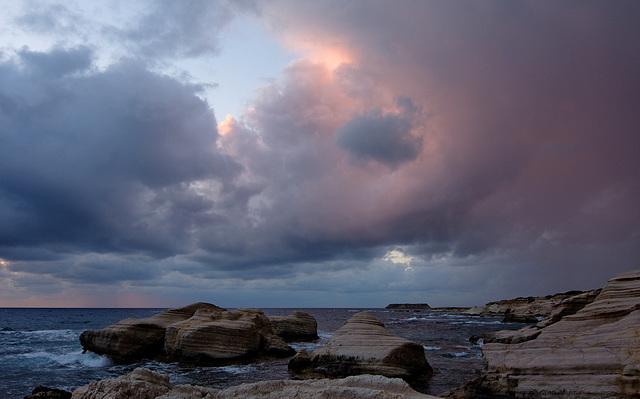 An un-threatening sky
