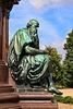 """Schwerin, allegorische Figur """"Weisheit"""" am Denkmal des Großherzogs Friedrich-Franz II."""