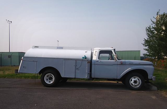 Ford F-350, 1961 (?)