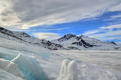 Winter at Mont Cenis lake