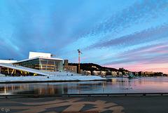 Oslo Opera at sunset (PiP)