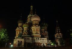 La cathédrale Basile-le-Bienheureux la nuit
