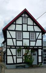 DE - Grafschaft - Half-timbered house at Esch