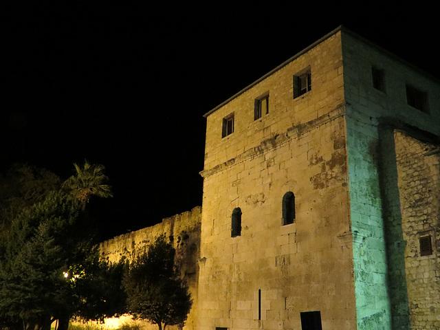 Split : tour nord-ouest de la muraille antique.