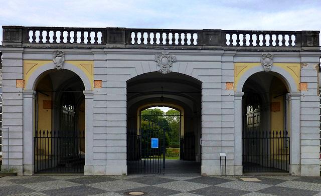 DE - Brühl - Eingang zum Schlosspark
