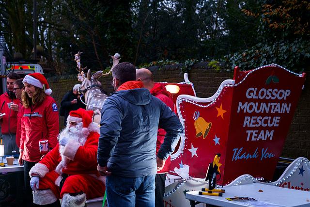 Santa Claus helping Glossop MRT