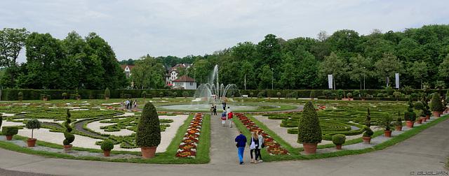 Parkanlage Residenzschloss Ludwigsburg (© Buelipix)
