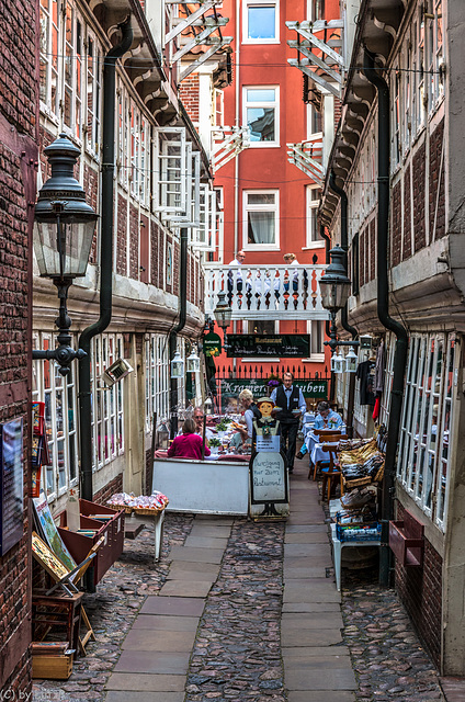 Tiny Restaurant / Winziges Restaurant