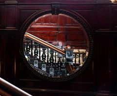 Ein Spiegelbild des Sloans, Glasgow.  (6 x PiP)