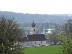 Blick zur Kirche Premberg und Naab
