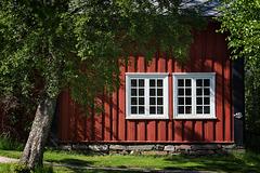 14/50 - house+tree