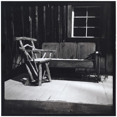 Cabin porch chair and glider 4