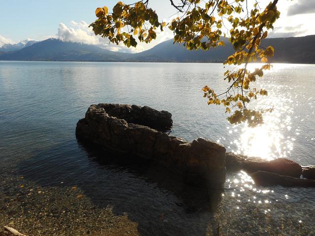 Lac en automne.