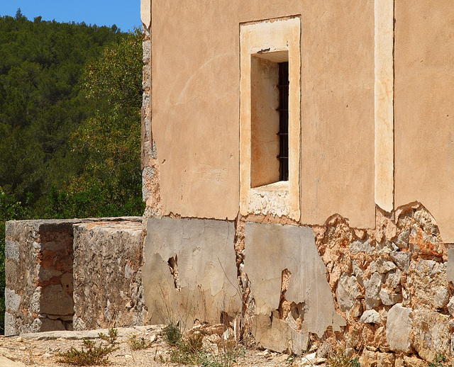 Old Home at Sant Mateu