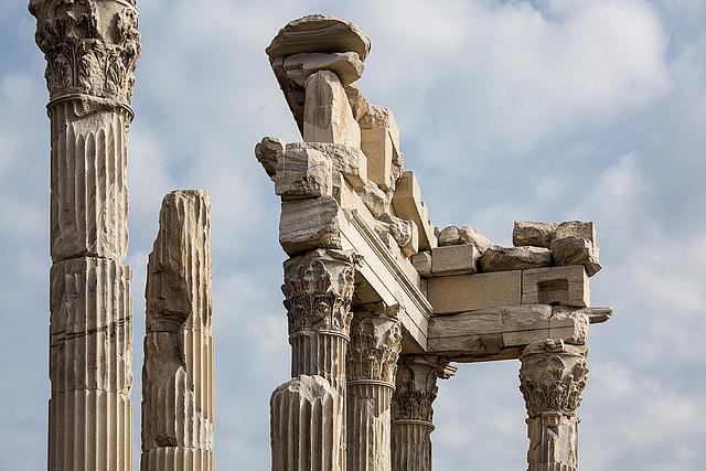 20151207 9797VRAw [R~TR] Trajans Tempel, Pergamon, Bergama