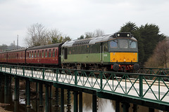 Class 25 D7628 (25278)SYBILLA with 12.00 Pickering - Whitby service crossing the Murk Esk at Ruswarp 14th April 2018