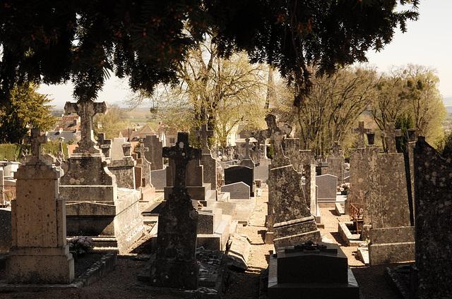 Saulieu, cemitério