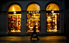 Abends bei Gucci