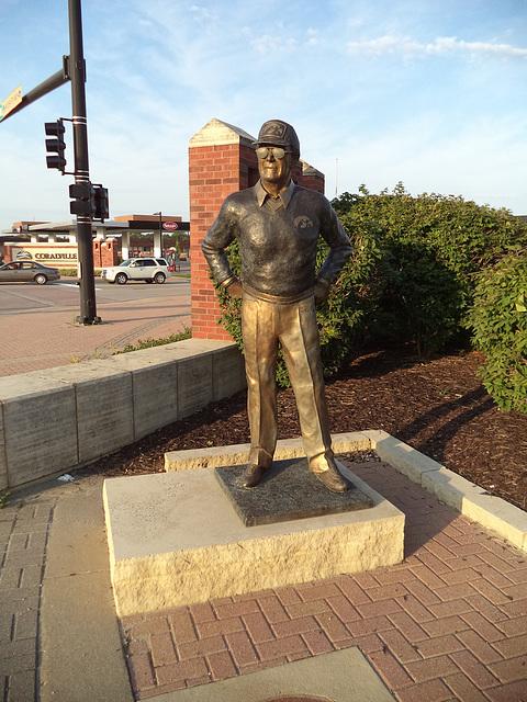 Hayden Fry / Homme de bronze vol 2
