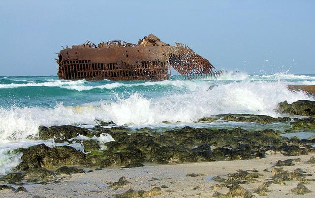 """""""Abgewrackt! (Frachter Cabo Santa Maria)"""
